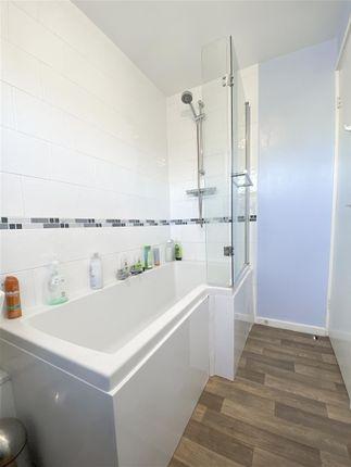 Bathroom of Addy Close, Sheffield S6