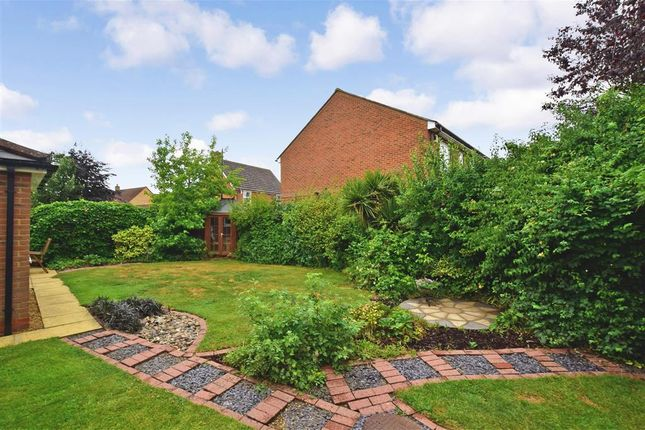 Thumbnail Detached house for sale in Cobham Drive, Kings Hill, West Malling, Kent