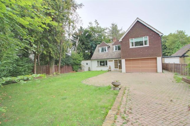 Thumbnail Detached house for sale in Cullesden Road, Kenley