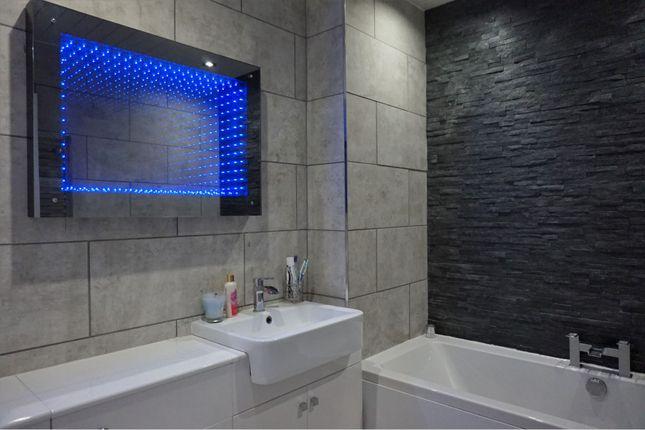 Bathroom of Ballumbie Meadows, Dundee DD4
