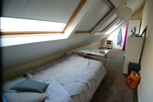 Thumbnail Terraced house to rent in Hanover Square, University, Leeds