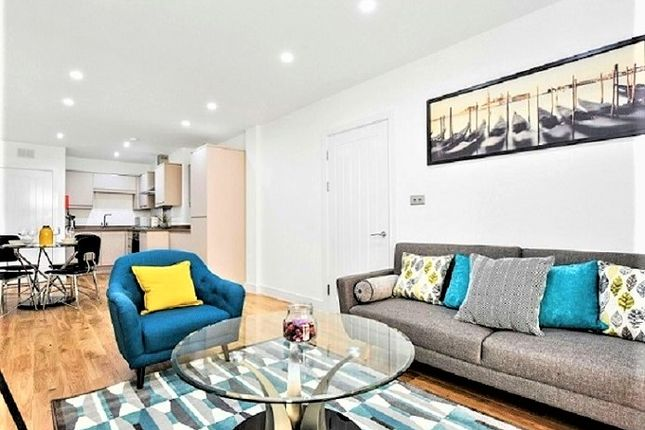 Thumbnail Flat to rent in Boyson Road, London