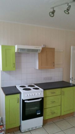 Thumbnail Terraced house to rent in Harlech Terrace, Leeds