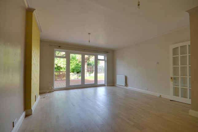 Thumbnail Property to rent in Beech Avenue, Ruislip, Middlesex