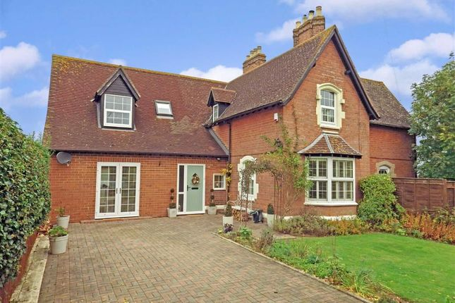 3 bed cottage for sale in Broadclose Road, Down Hatherley, Gloucester