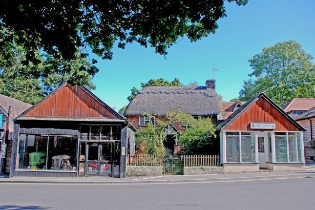 Thumbnail Cottage for sale in Ringwood Road, Burley, Ringwood
