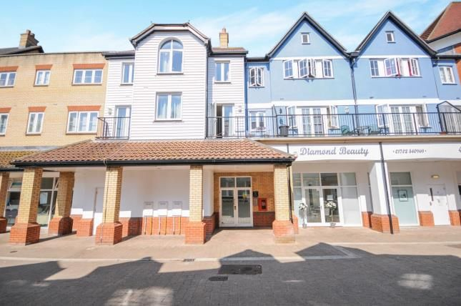 Thumbnail Flat for sale in Roche Close, Rochford, Essex