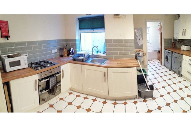 4 bed terraced house to rent in Bedford Street, Cathays, Cardiff CF24