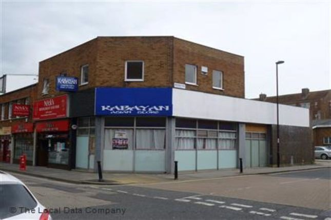 2 bed flat to rent in East Street, Southampton