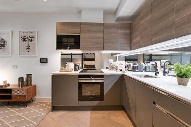 1 bed flat for sale in London Terrace, Hackney Road, London E2