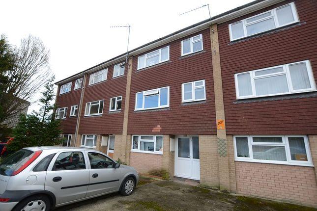 Room to rent in Kimbers Lane, Farnham