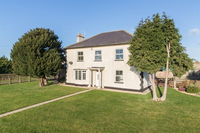 4 bedroom detached house to rent in Leppington, Westow, York