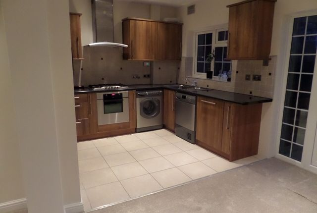 5 bed terraced house for sale in 5 Bed House, Southall