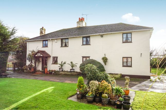 Thumbnail Detached house for sale in Cranfield Park Road, Wickford