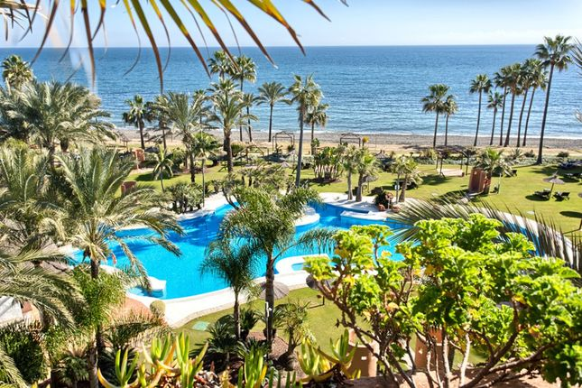 Thumbnail Apartment for sale in Calle Venus, 1, 29688 Estepona, Málaga, Spain