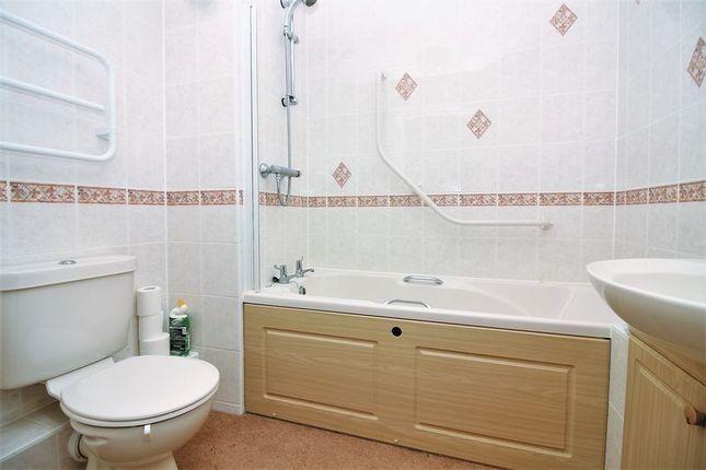 Bathroom of Victoria Avenue, Chard TA20