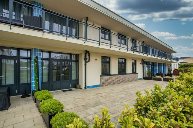 Thumbnail Flat for sale in 69 Accord Avenue, Paisley
