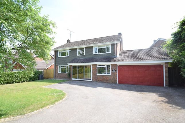Thumbnail Detached house to rent in New Road, Little Kingshill