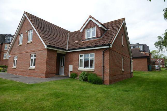 Thumbnail Bungalow for sale in 27 Kinglake Drive, Blagdon Village, Taunton, Somerset