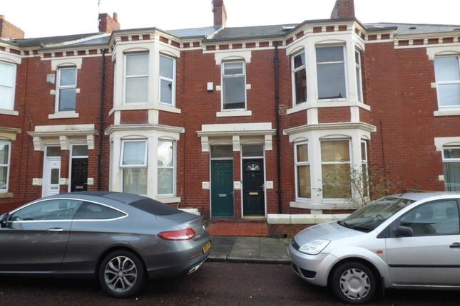 Thumbnail Maisonette for sale in Whitefield Terrace, Heaton, Newcastle Upon Tyne