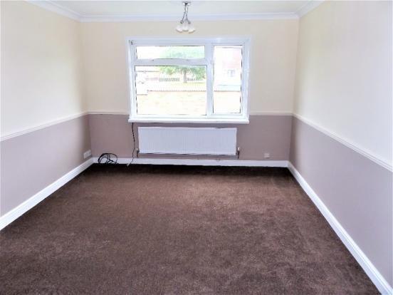 Thumbnail Maisonette to rent in Devon Road, Cannock