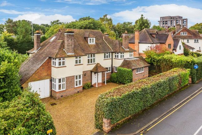Thumbnail Detached house to rent in Park Road, Woking