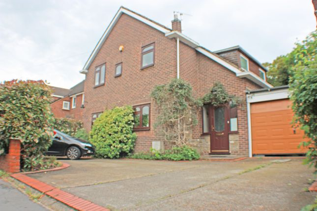 Thumbnail Detached house for sale in Berther Road, Emerson Park