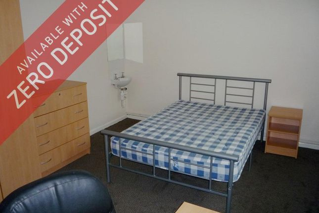 1 bed property to rent in Hyde Grove, Manchester M13