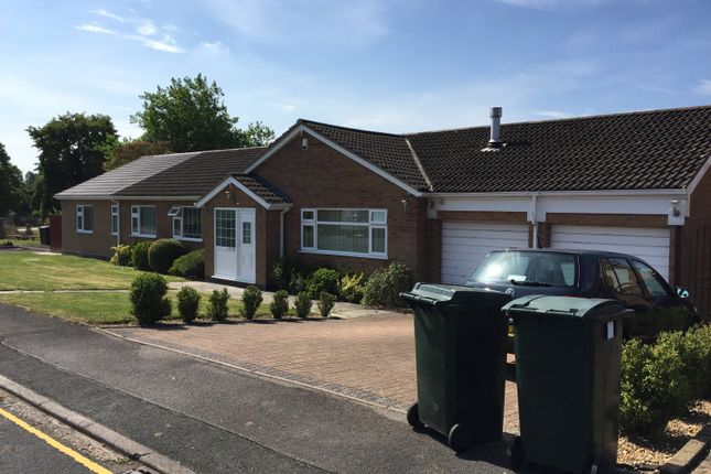 5 bed bungalow to rent in Luna Close, Cannon Park, Canley CV4