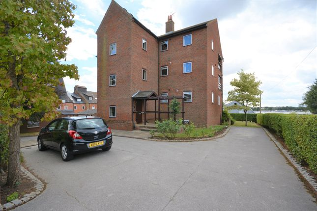 Thumbnail Flat to rent in Somermead Court, Maltsters Way, Oulton Broad, Suffolk