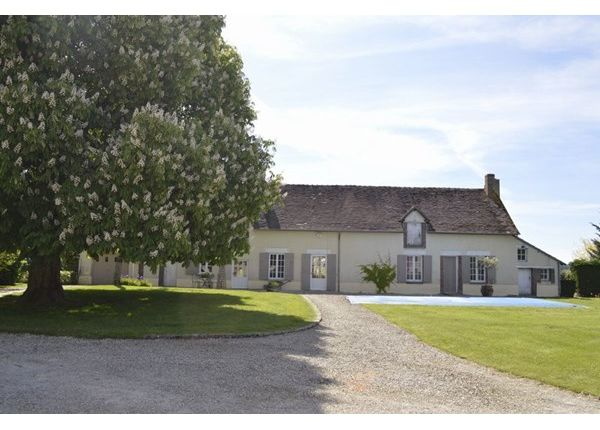4 bed property for sale in 89170, Saint-Fargeau, Fr