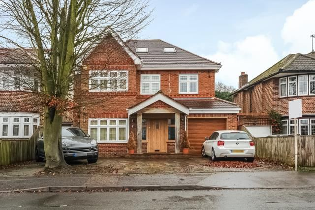 Thumbnail Detached house to rent in Rushdene Road HA5,