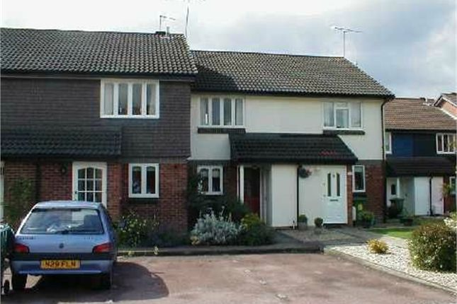 Thumbnail Terraced house to rent in Wythemede, Binfield, Bracknell, Berkshire