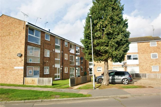 Dsc08674 of Coronation Avenue, East Tilbury, Tilbury RM18