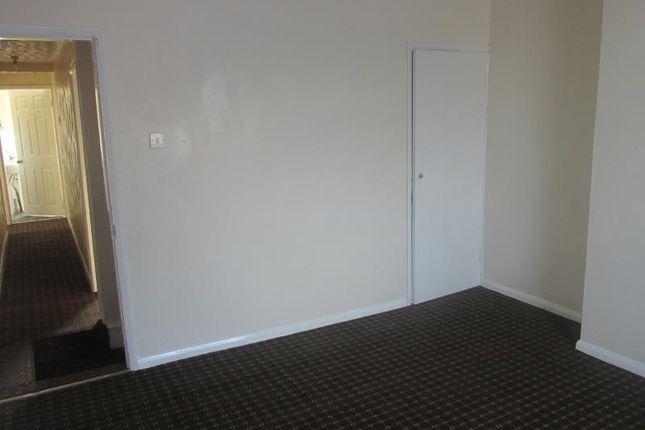 Bedroom of 220 Kimberworth Road, Rotherham S61, Kimberworth,