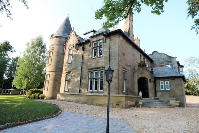 Thumbnail Flat to rent in Montgomery Drive, Giffnock, Glasgow