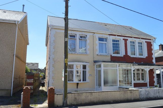 Thumbnail Property to rent in Heol Las, Ammanford