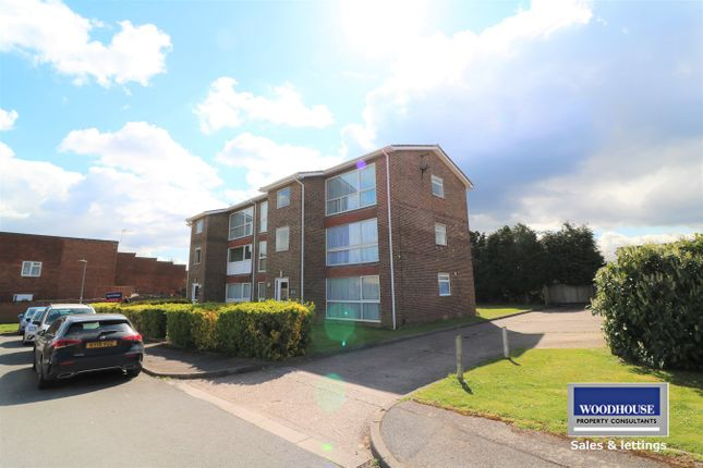 1 bed flat to rent in Berners Way, Broxbourne EN10