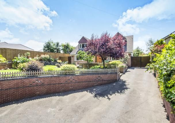 Thumbnail Bungalow for sale in Magna Road, Bournemouth
