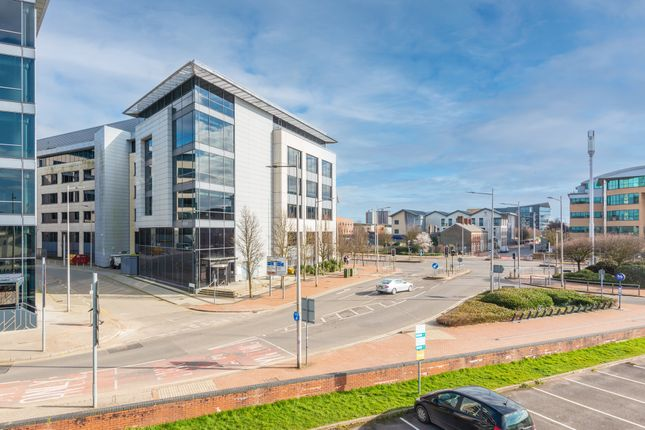 Thumbnail Office to let in Callaghan Square, Cardiff