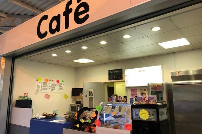 Thumbnail Retail premises to let in Cafe, Wood Street, Bilston, West Midlands