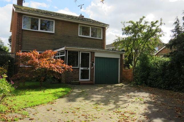 Thumbnail Detached house for sale in Grange Gardens, Wellesbourne, Warwick