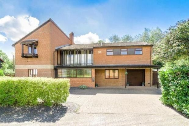 Thumbnail Property to rent in Boulters Lock, Giffard Park