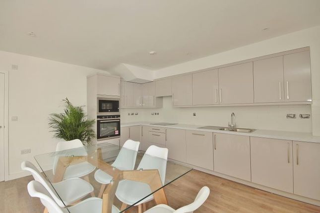 Thumbnail Terraced house to rent in Wilcote Road, Oxford