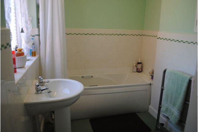 Bathroom of Arcadia Crescent, Skegness PE25