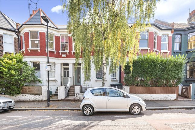 Picture No. 18 of Falkland Road, London N8