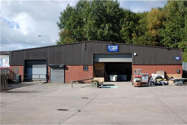 Thumbnail Warehouse to let in Plantation Industrial Estate, Whitelands Road, Ashton-Under-Lyne, Lancashire, UK