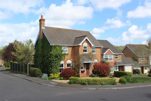 Thumbnail Detached house for sale in Twin Oaks Close, Broadstone, Poole