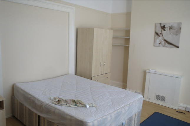 Thumbnail Shared accommodation to rent in Hanover Street, Swansea