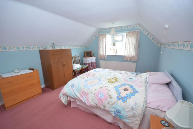 Bedroom Two of Village Road, Clifton Village, Nottingham NG11